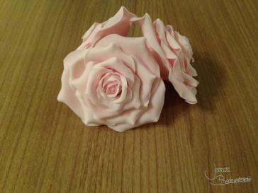 Rosen aus Blütenpaste