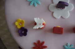 Motivtorte mit Blumen und Schmetterlingen (5)