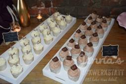 Hochzeitsbuffet Seminaked und Cupcakes 2